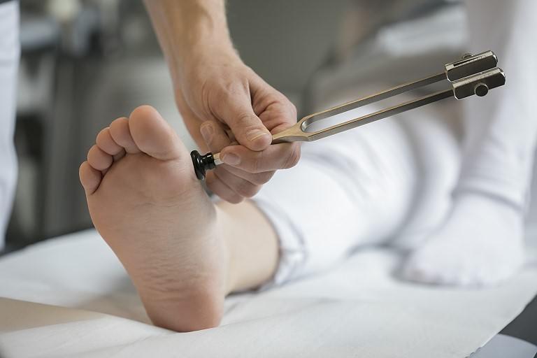 Behandlung des diabetischen Fußsyndroms